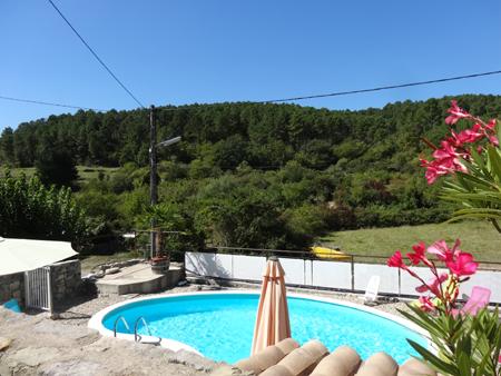 Vacances en ardeche dans gite avec piscine for Vacances en normandie avec piscine